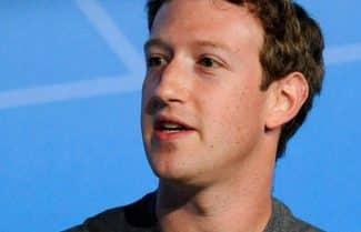 דיווח: פייסבוק עובדת על מסך בגודל מחשב נייד לשיחות וידאו