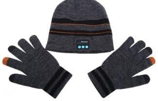 כובע גרב המשלב דיבורית-נגן בלוטות' וכפפות תואמות – עם קופון הנחה