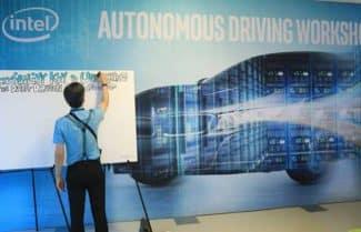 אינטל בודקת: מה מרתיע נוסעים במכונית אוטונומית?