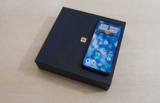 ג'ירפה בודקת: Xiaomi Mi Mix 3 – הגימיק שווה את המחיר?