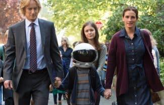 """ג'ירפה בקולנוע: ביקורת הסרט """"פלא"""" (Wonder)"""