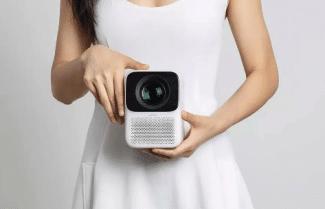 ממשיך לרדת במחיר: מקרן מבית Xiaomi Wanbo ברזולוציית 1080p קטן ועוצמתי