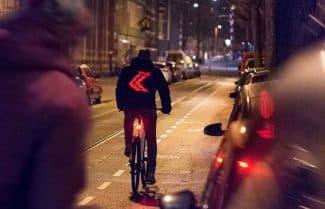 נלחמת בתאונות הדרכים: חברת וודאפון מציגה ז'קט חכם לרוכבי אופניים