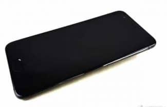 """תמונות מודלפות חושפות: Xiaomi Mi 6 יגיע ללא שקע אוזניות 3.5 מ""""מ סטנדרטי"""