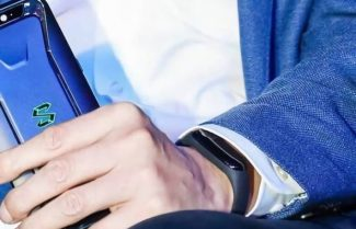 """האם מנכ""""ל שיאומי חשף בטעות את צמיד הכושר Xiaomi Mi Band 3?"""