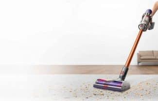 שואב אבק Dyson V10 כולל ערכת אביזרים במחיר מבצע לזמן מוגבל!