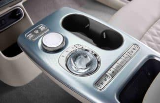 טכנולוגיית זיהוי פנים תוטמע ברכבי Genesis GV60 לשיפור חווית הנהיגה וזניחת המפתח המסורתי