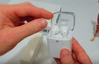 ג'ירפה משוטטת ברשת: אוזניות דמוי AirPods של חברת Dacom