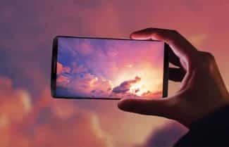 אתר מקצועי קובע: מסך ה-Galaxy S8 של סמסונג הוא הטוב והמתקדם בשוק הסמארטפונים